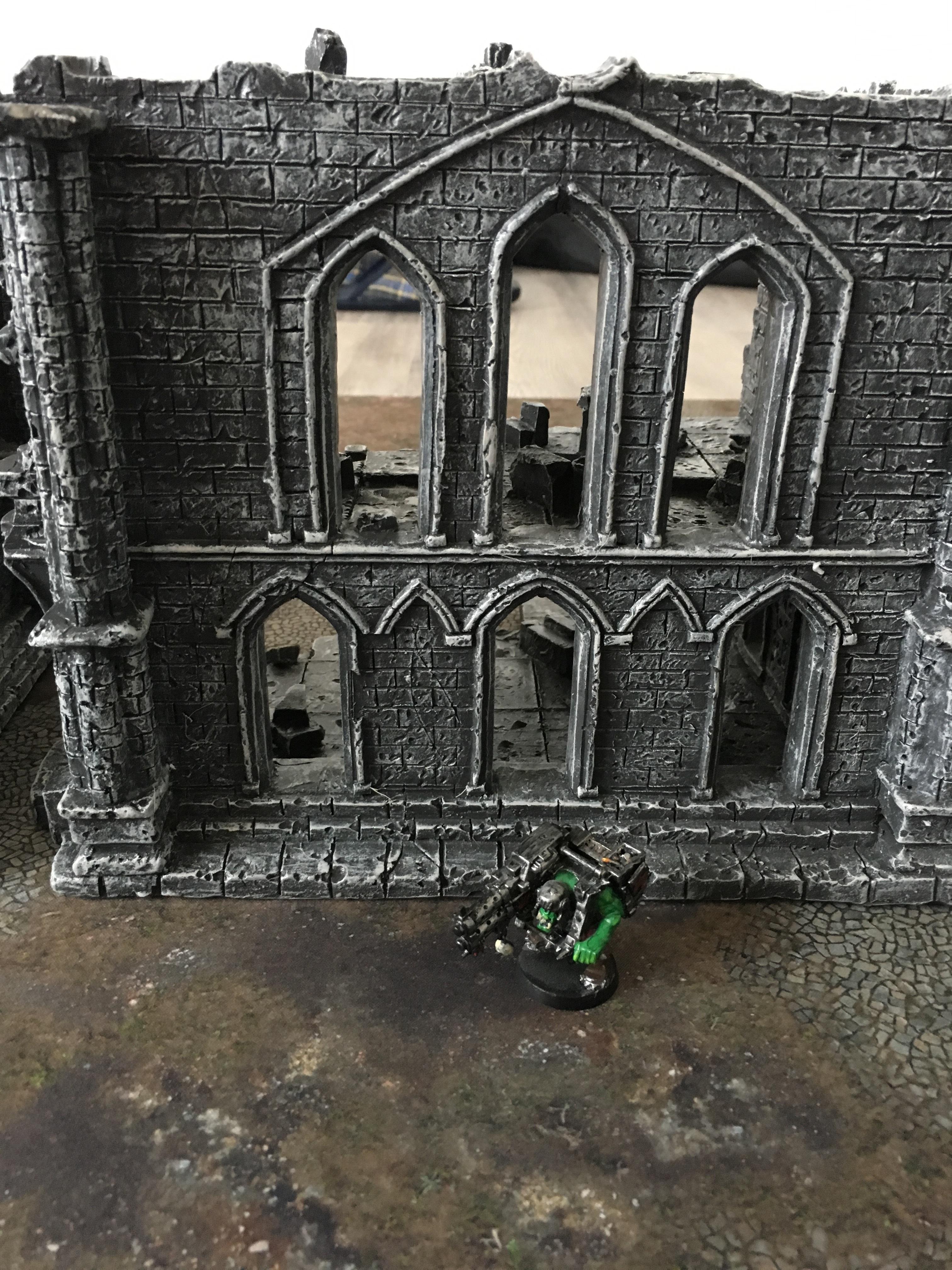 Prepainted GOTHIC Ruins set – perfect warhammer wargaming scenery